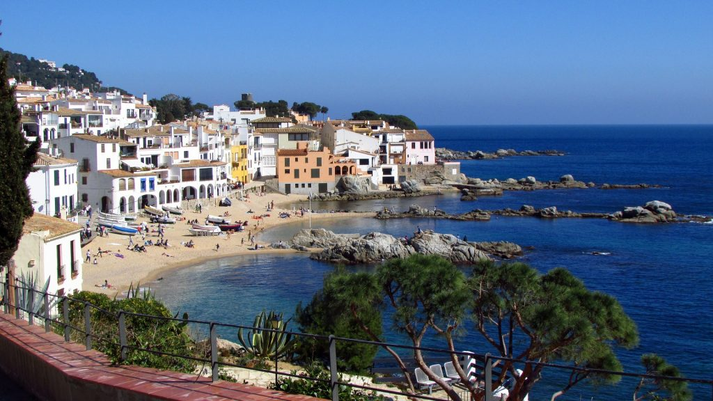 Enjoy Longer Trips to Far Away and Exotic Destinations in Spain, Skip to Flight Booking Now